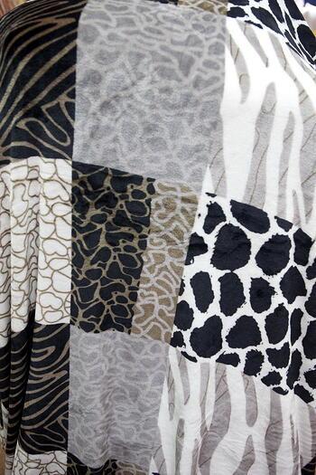 Blanket - Grey Theme